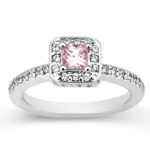 2.75 carats Princess pink halo diamond white gold